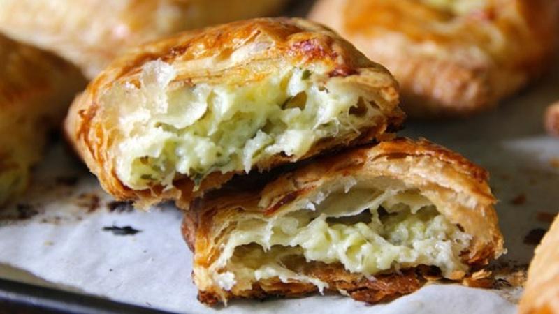 Bake Zucchini Cheddar Hand Pies