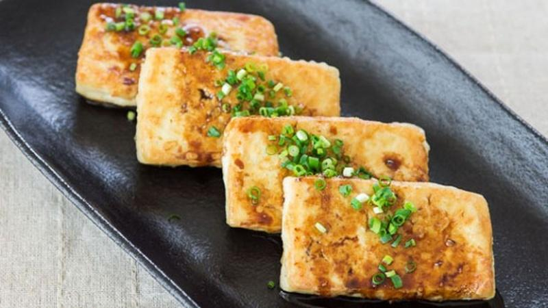 Make Pan-Fried Tofu for a Healthy Meal