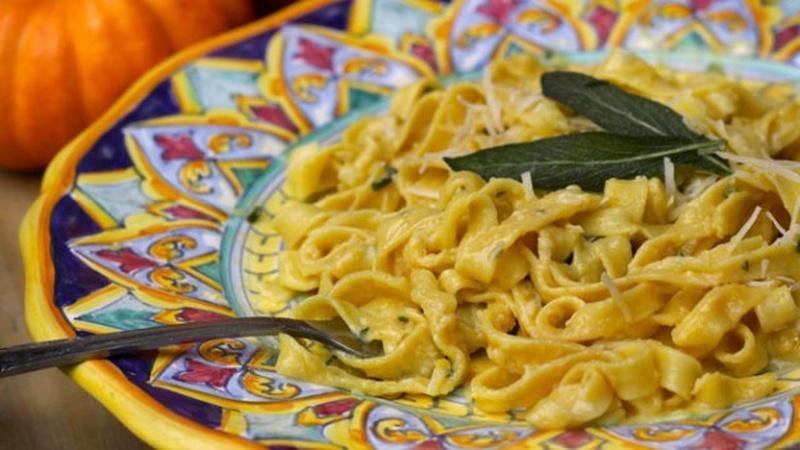 Make Creamy Pumpkin Sage Fettuccine