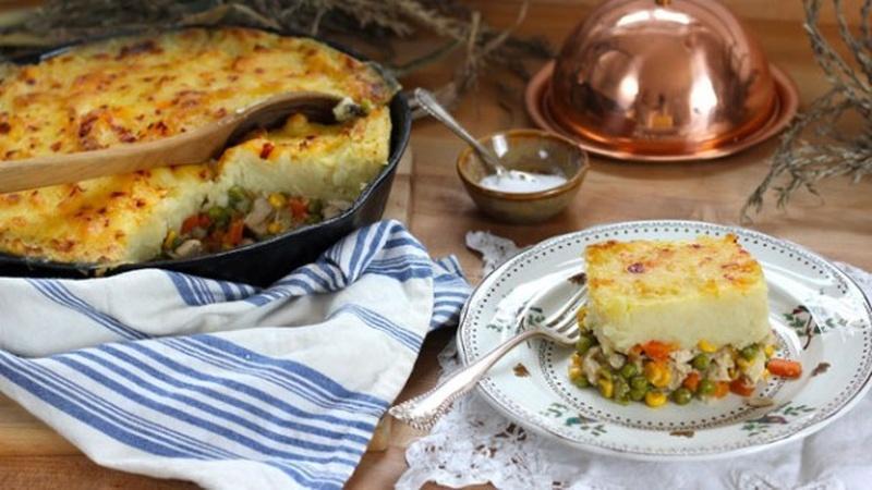 Turn Leftover Turkey Into Shepherd's Pie