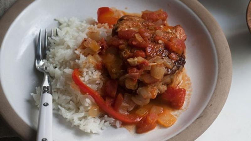 Keep It Simple with Tomato Garlic Chicken