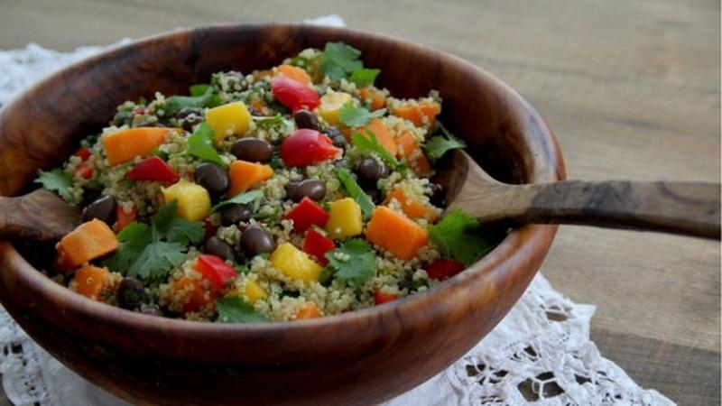 Make Black Bean Quinoa Rainbow Salad