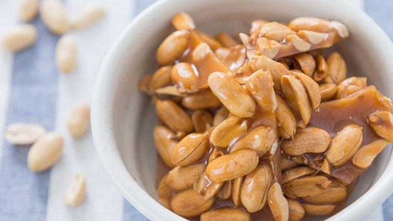 Make a Sheet of Simple Peanut Brittle