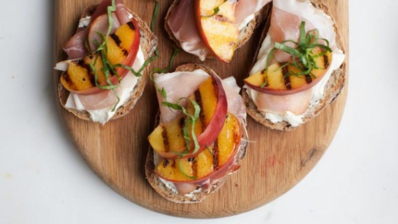 Prepare Peach Toasts for a Simple Summer Appetizer