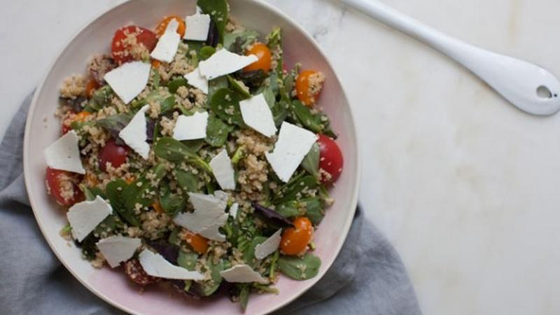 Add Purslane to Cherry Tomato Bulgar Salad