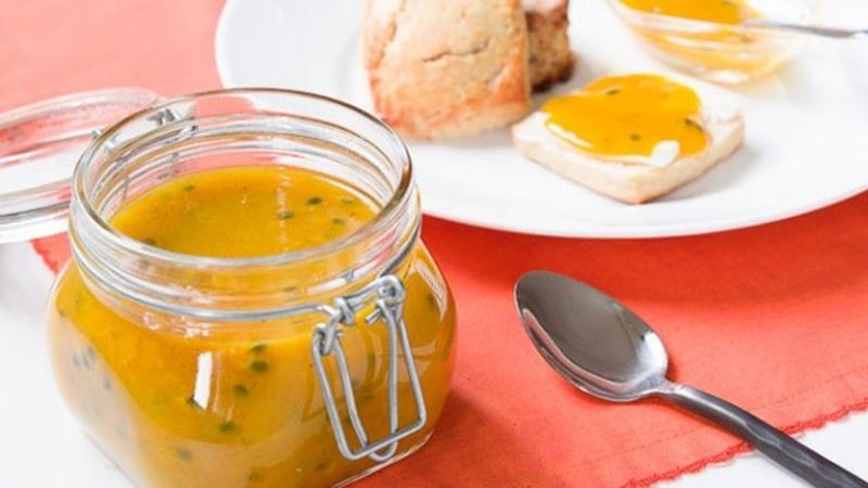 Prepare a Vibrant Passion Mango Preserve