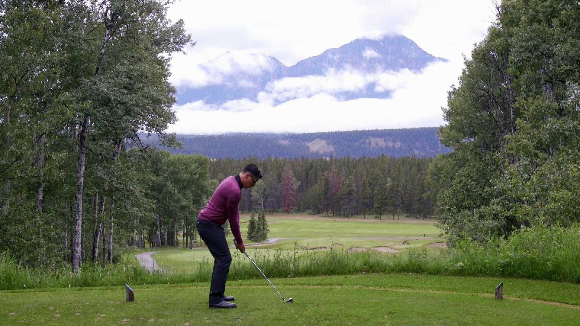Jasper golfing