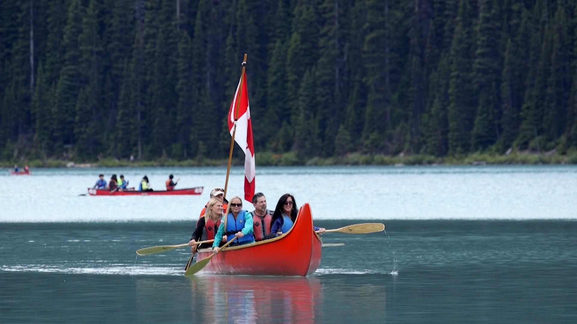 Canoe tour on Lake Louise