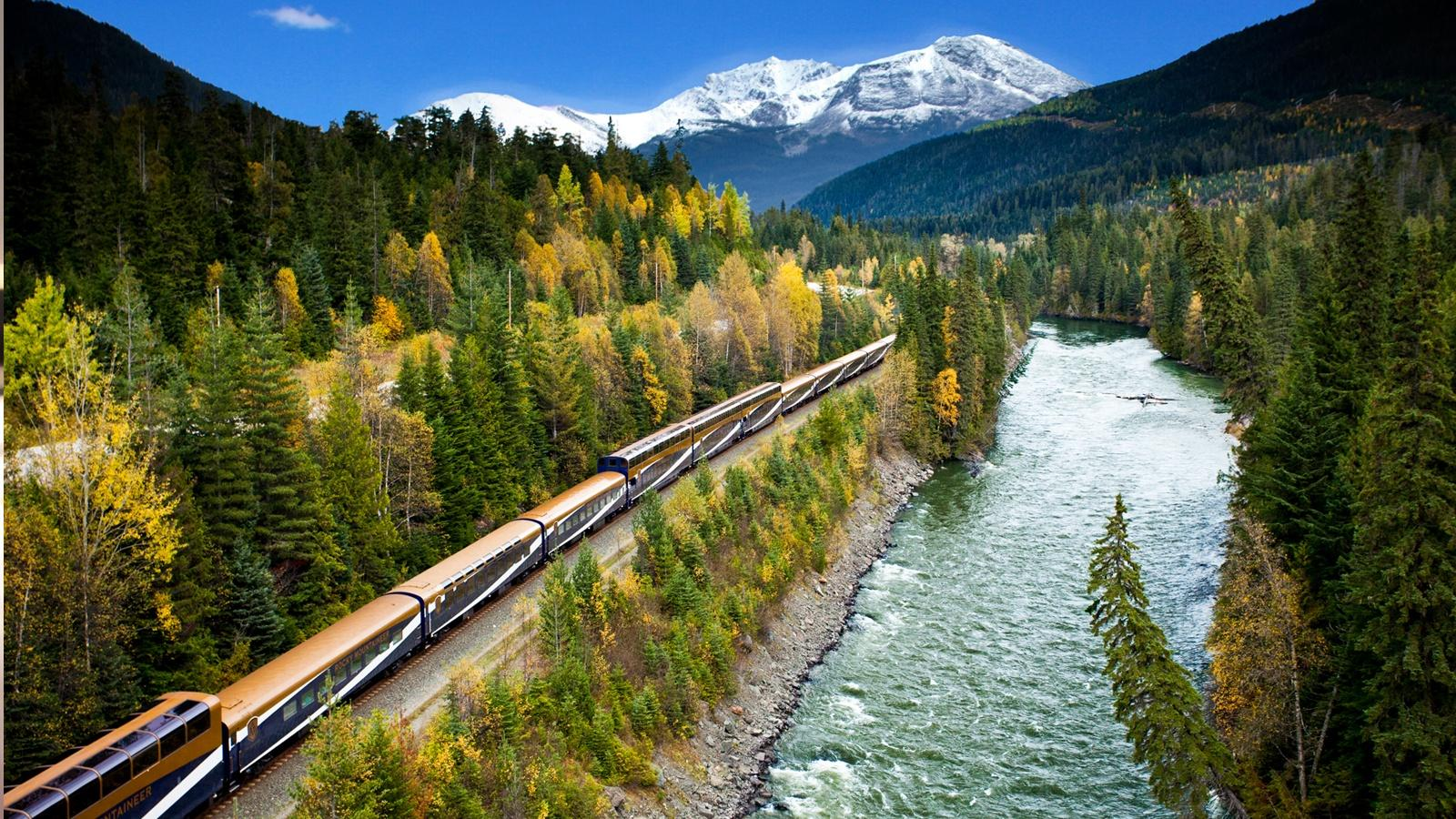 Rocky Mountaineer traveling along the N. Thompson River