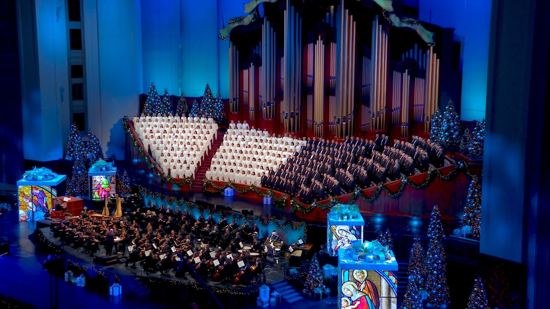 """The Tabernacle Choir & Orchestra at Temple Square performing """"For Unto Us."""""""