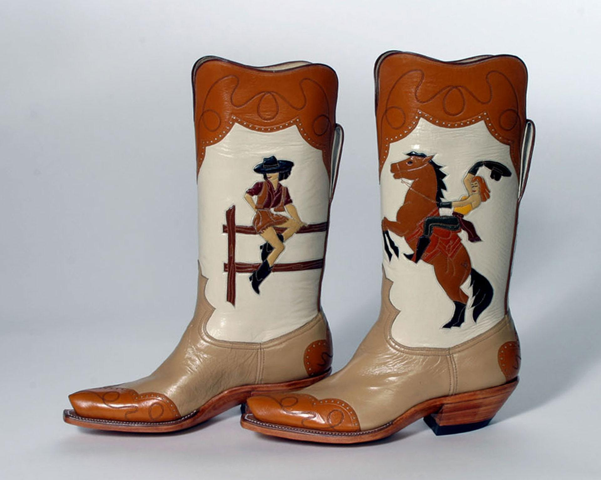 LISA SORRELL I WANT TO BE A COWBOY'S SWEETHEART BOOTS