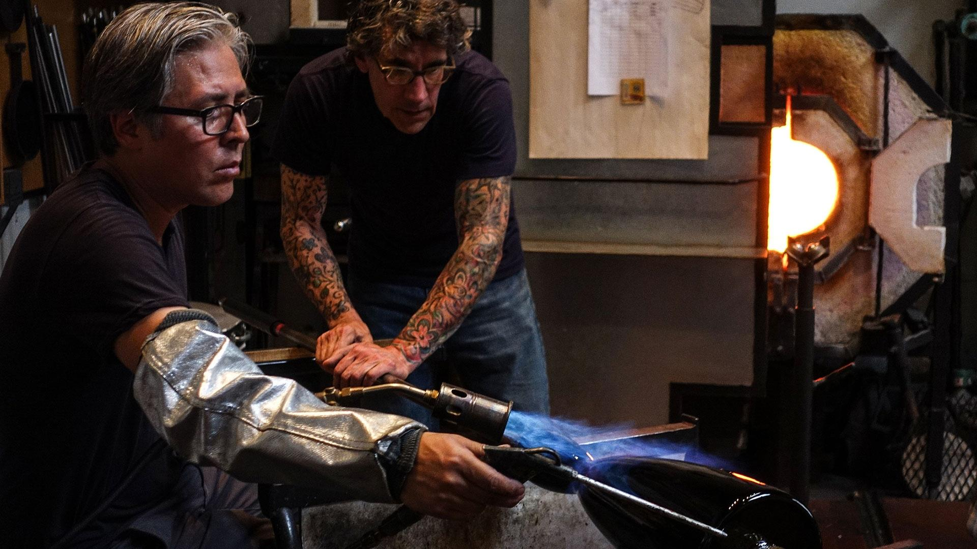 Preston Singletary glassblowing