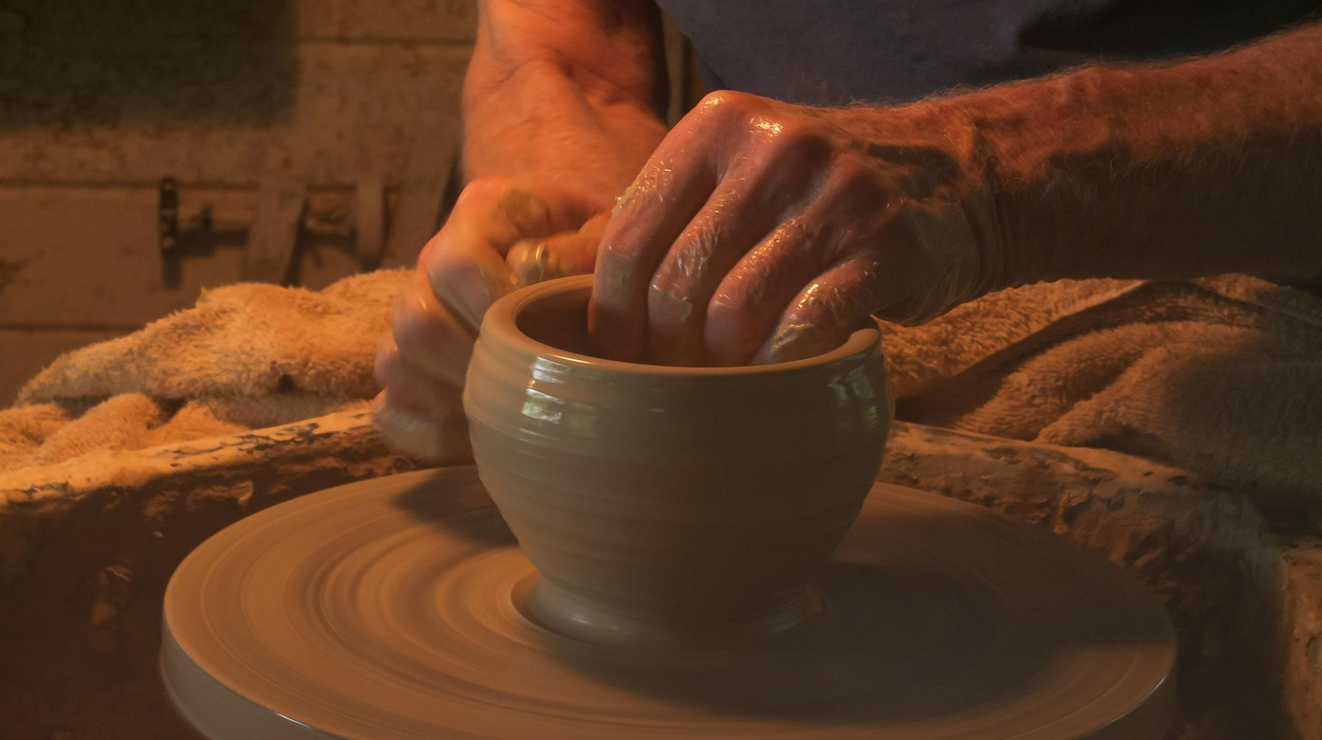 Warren Mackenzie wheelthrowing clay