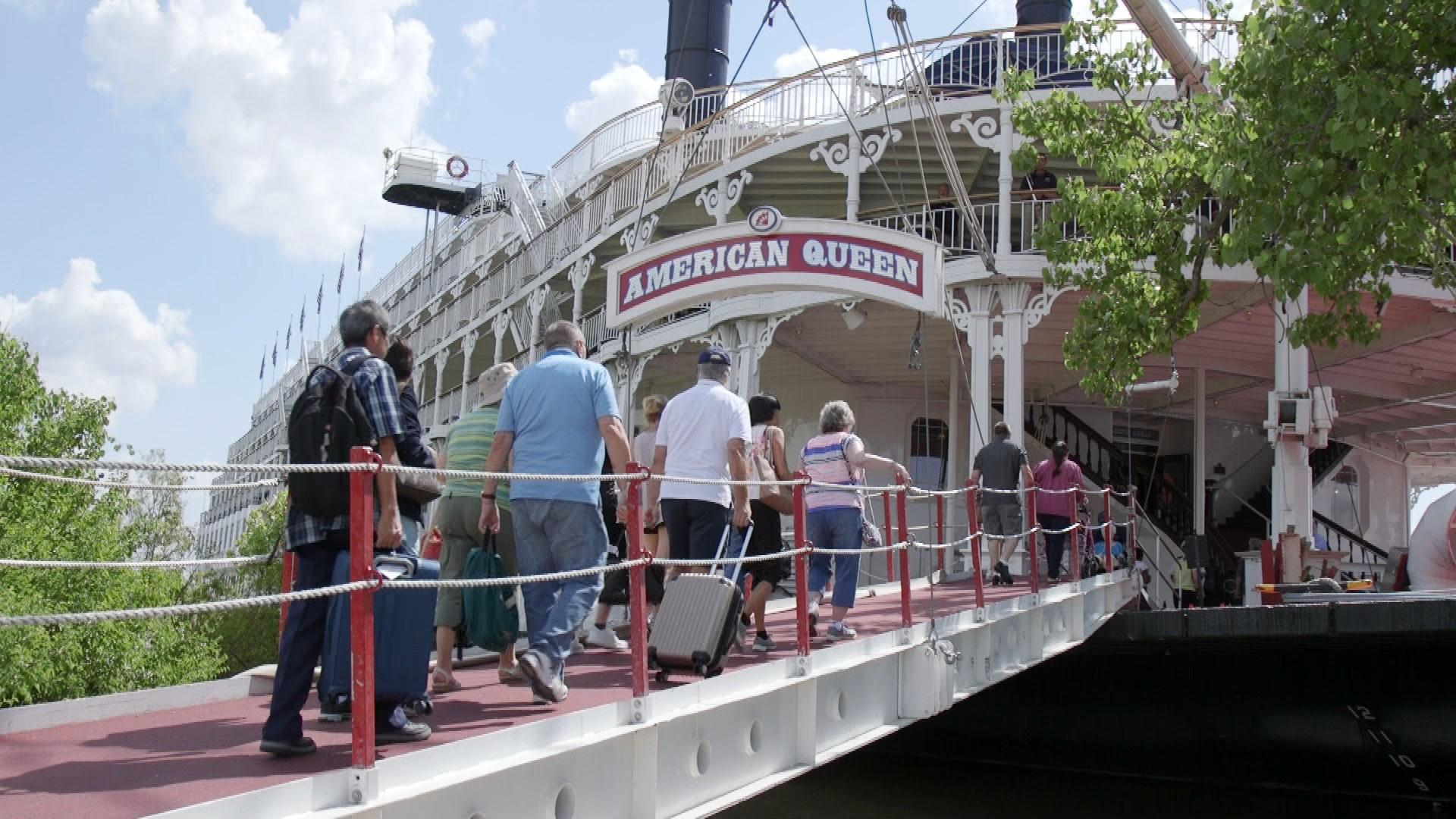 guests walking aboard the American Queen