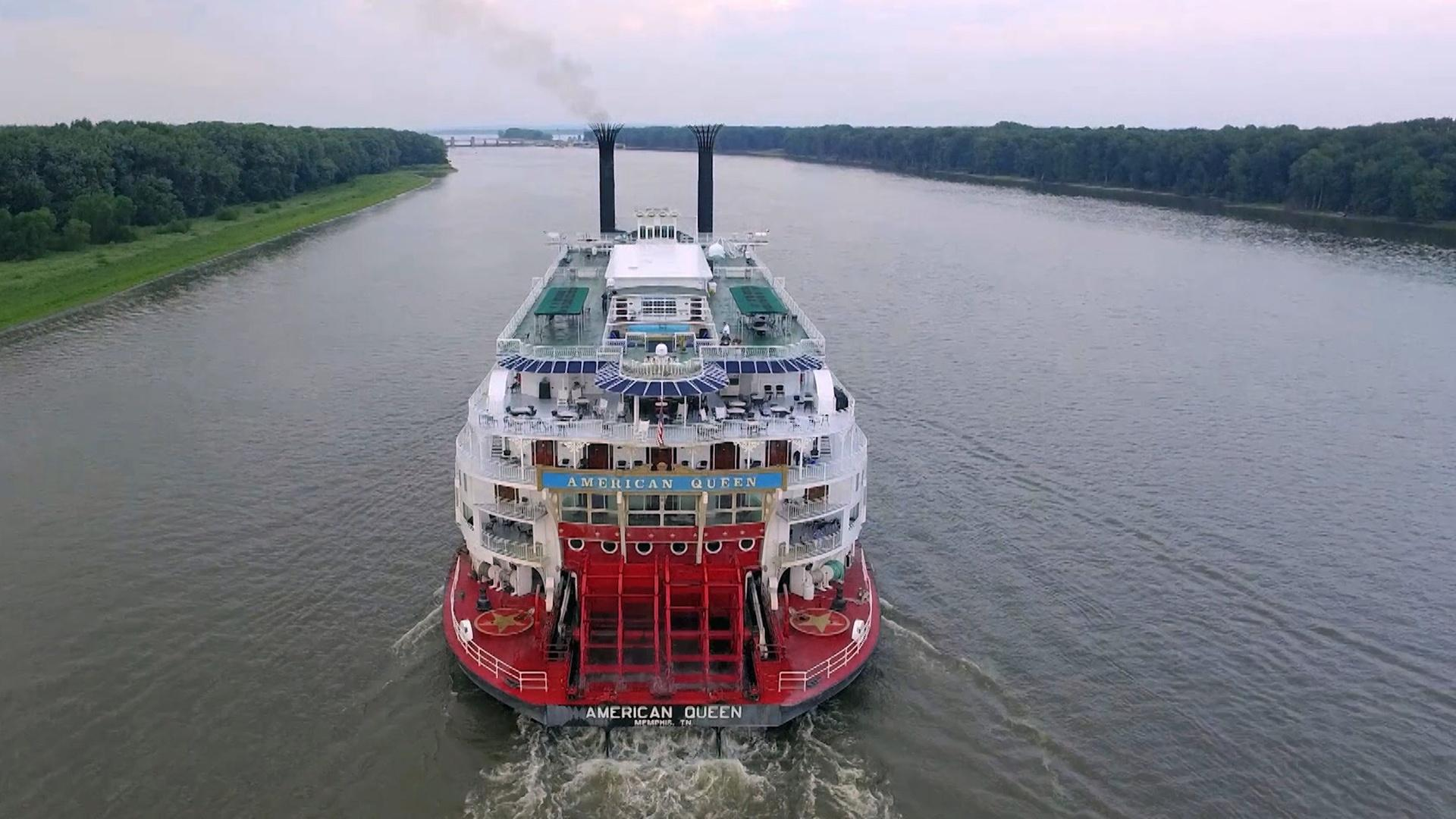 The American Queen on the Mississippi