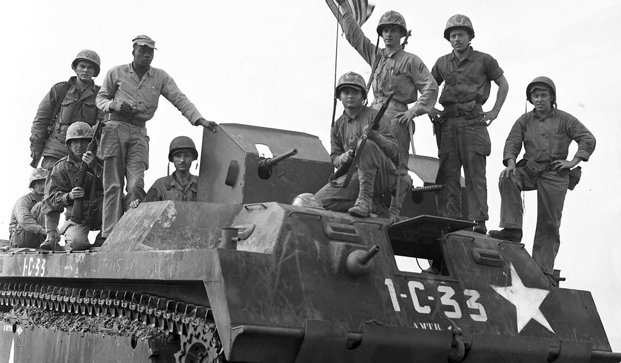 U.S. Marines Come Ashore at Inchon in an Amphibious Tractor, Prepared to Plant the American flag at Seoul