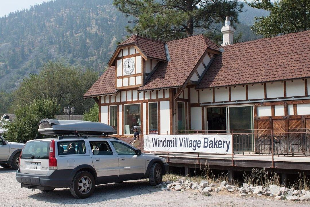Windmill Village Bakery in Ravalli