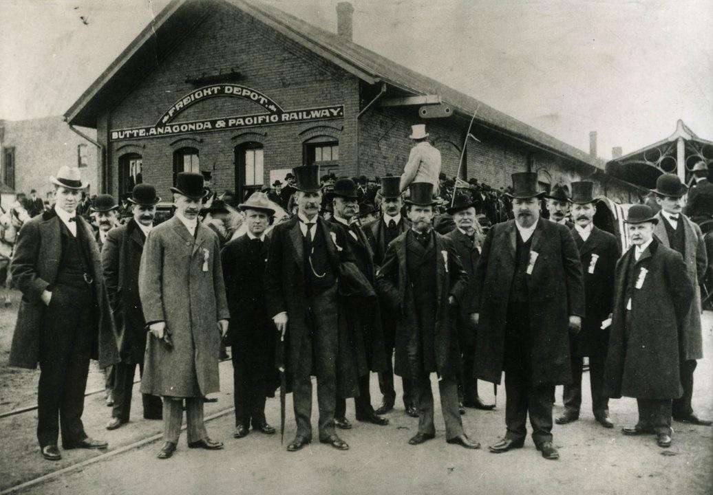 World Museum of Mining officials