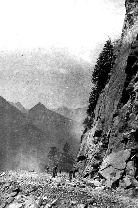 Road construction - 1927 Glacier Park Archives