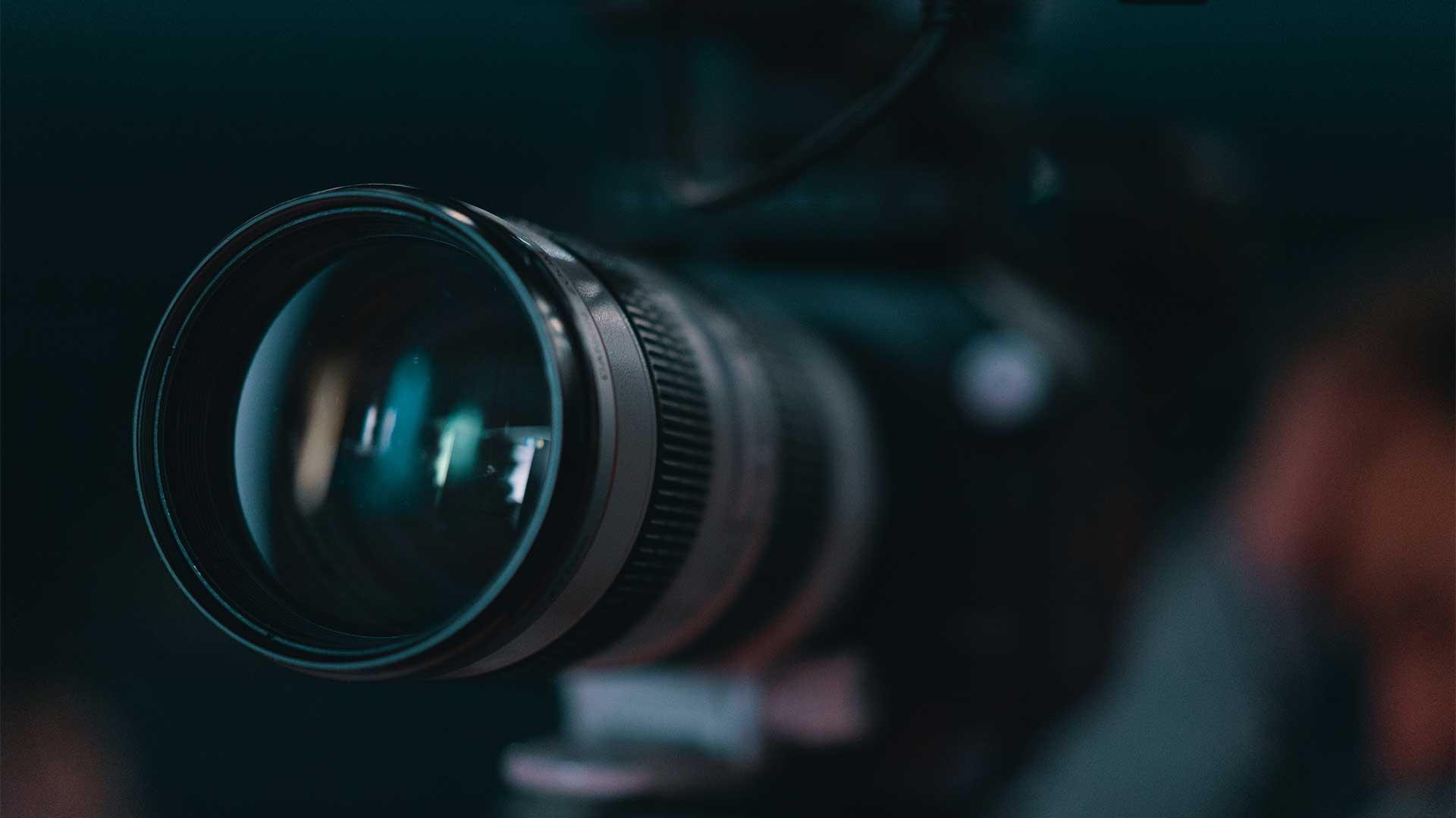 Explore News and Public Affairs