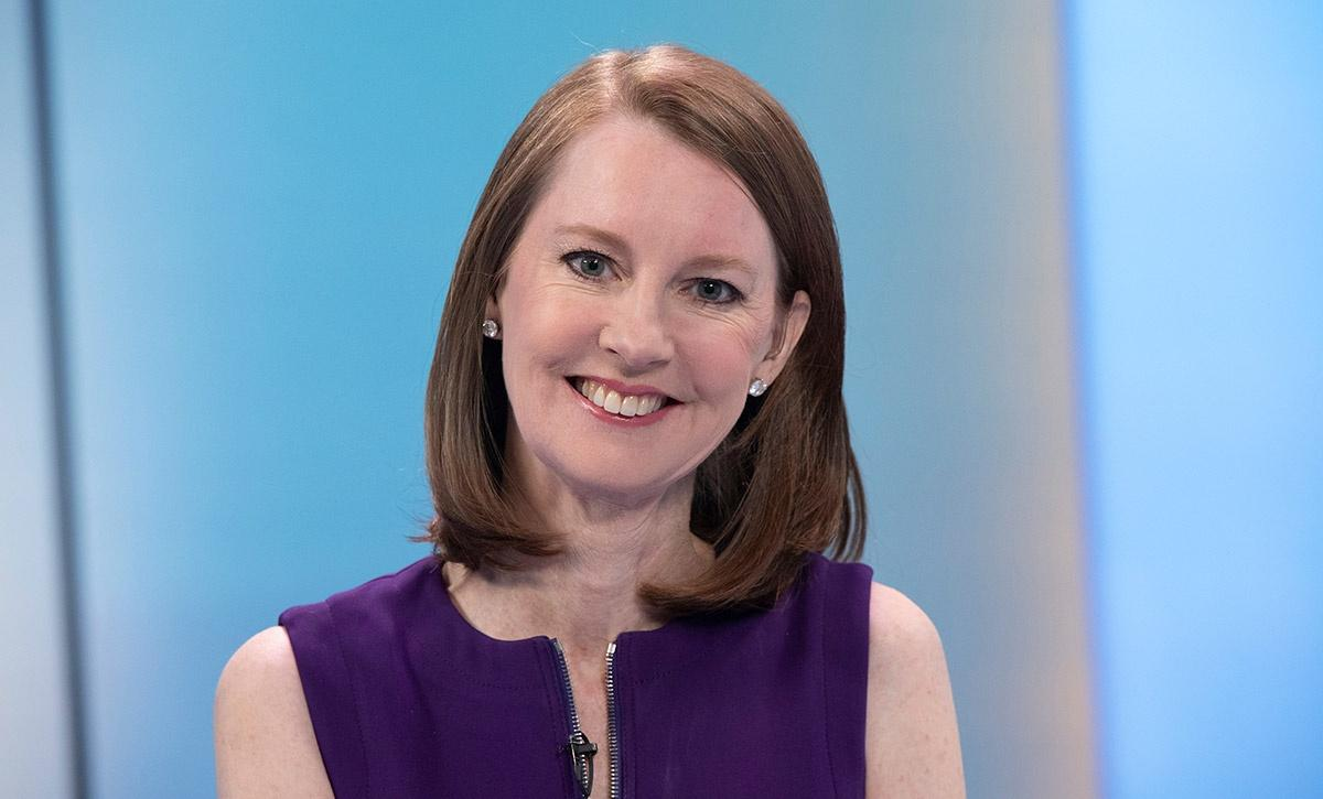Gretchen Rubin on the set of Roadmap to Happiness