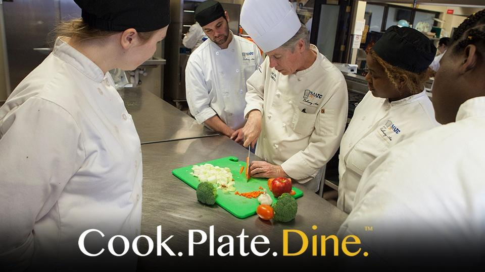 Cook Plate Dine Graphic