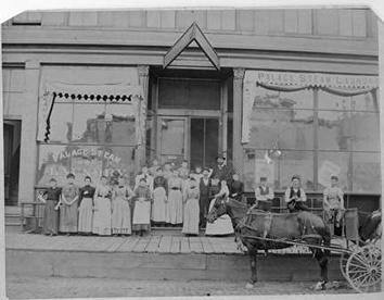 Photo of Employees of Palace Steam Laundry 1889
