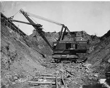 Photo of Bucyrus Erie Electric Shovel Shown Excavating