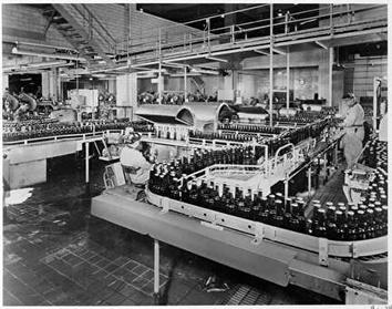 Photo of Bottle Line at Schlitz Brewing Company