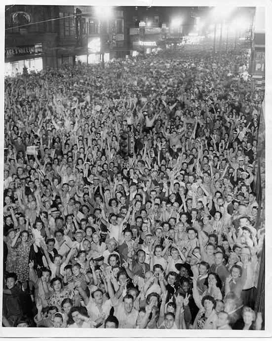 Photo of VJ Day on Wisconsin Avenue