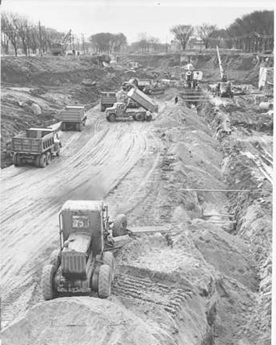 Photo of Building the Expressway