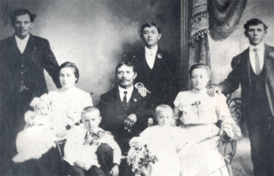 Photo of Polish immigrants were the second largest ethnic group in 1
