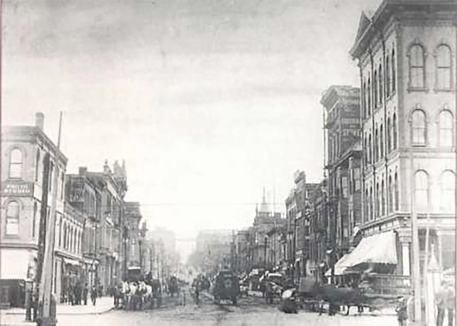 Photo of Corner of Third Street and Juneau Avenue in the 1890s