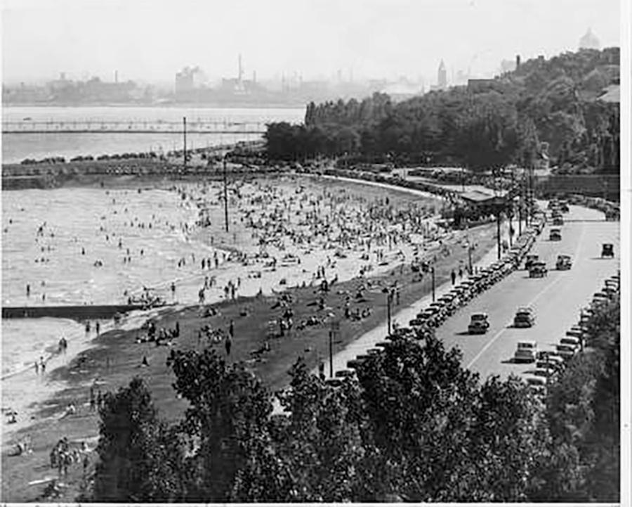 Photo of Bradford Beach on Milwaukee's Lakefront