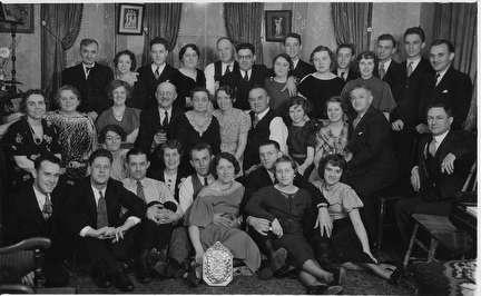 Photo of Large Group Portrait in 1930s
