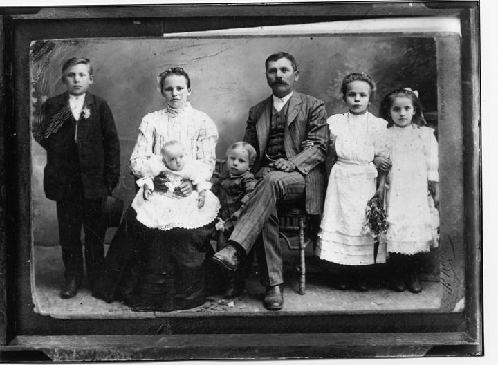 Photo of Polish Immigrant Family