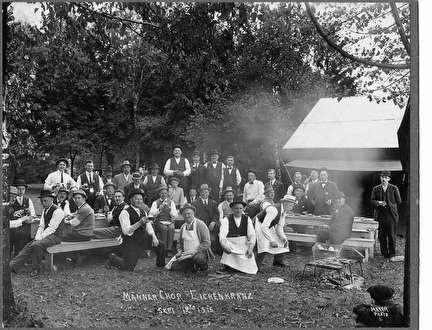 Photo of Old Timer's Picnic in 1915