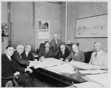 Photo of Mayor Dan Hoan and 7 Other Men
