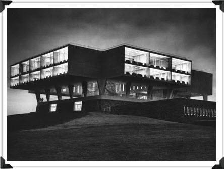 Milwaukee Art Museum and War Memorial Then