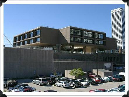 Milwaukee Art Museum and War Memorial Now