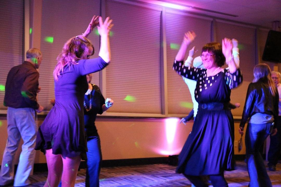 Real Oldies Dance Party Photos 9