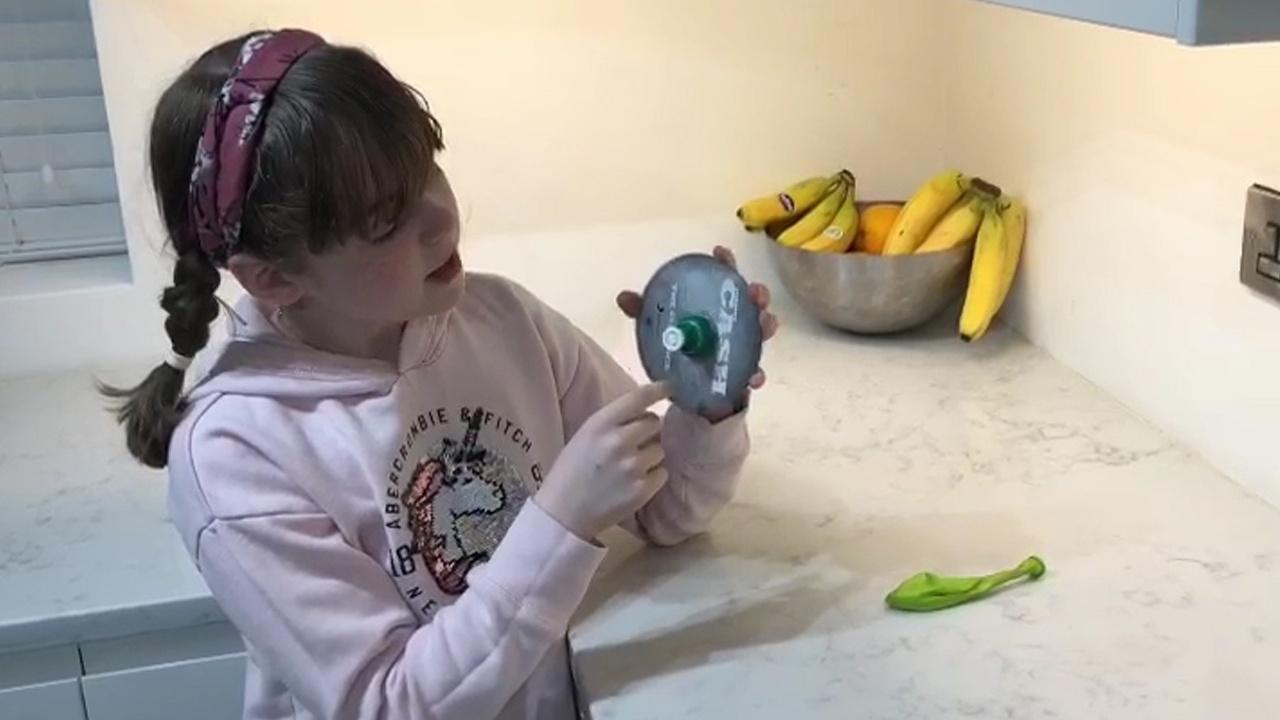 Charlotte builds a hovercraft! Viewer Challenge