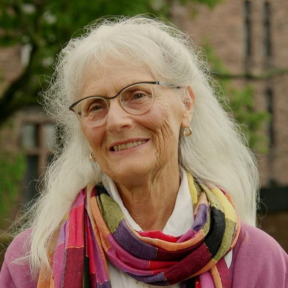 Lynda H. Schneekloth