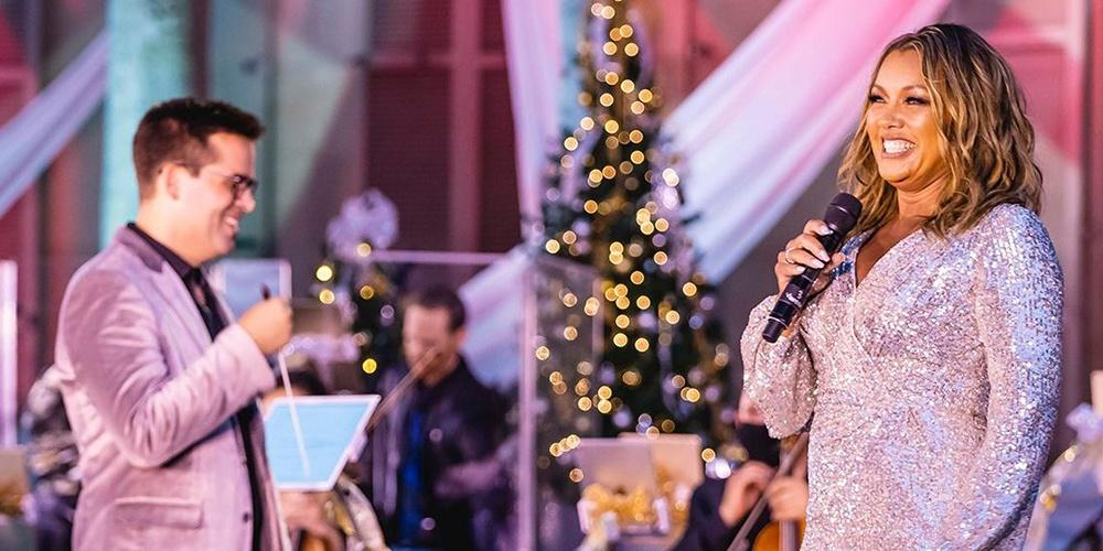 Ella Wishes You a Swinging Christmas, with Vanessa Williams