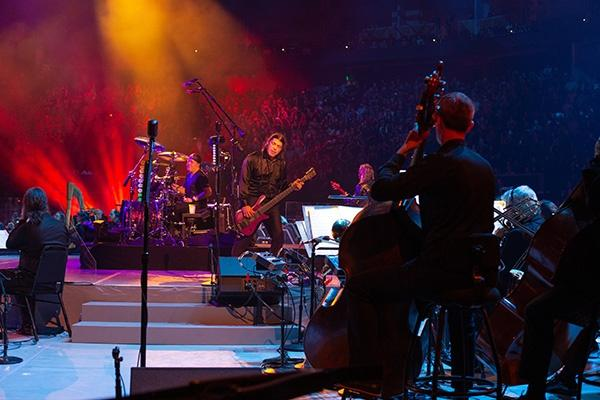 Metallica joined forces with the San Francisco Symphony for a spectacular concert.