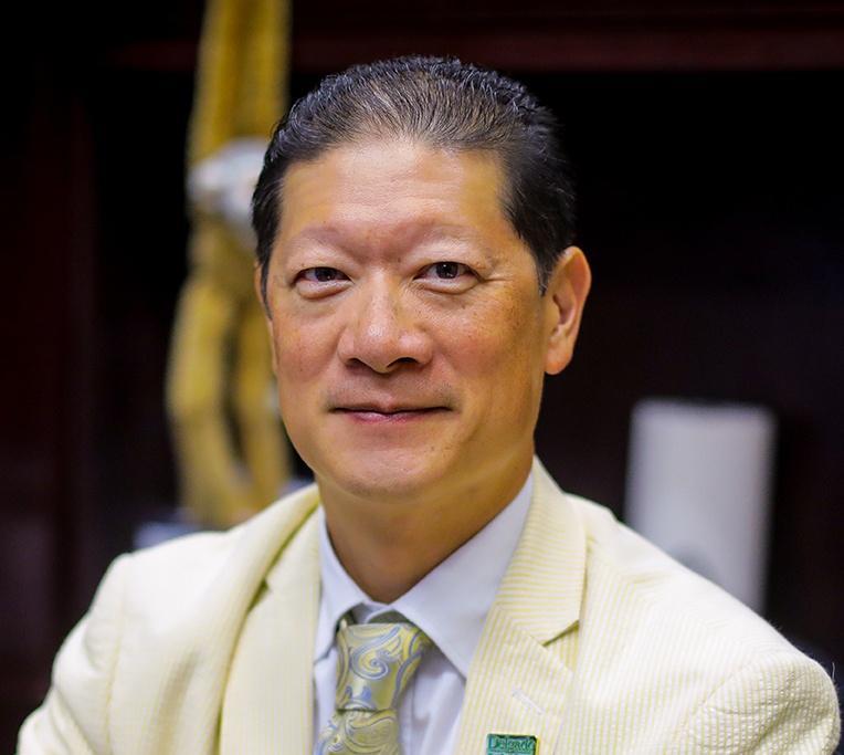 Dr. Peter L. Cho