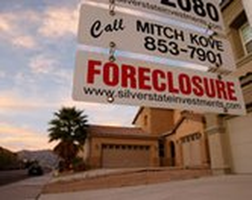 Deep Dive Into the Foreclosure Crisis Video