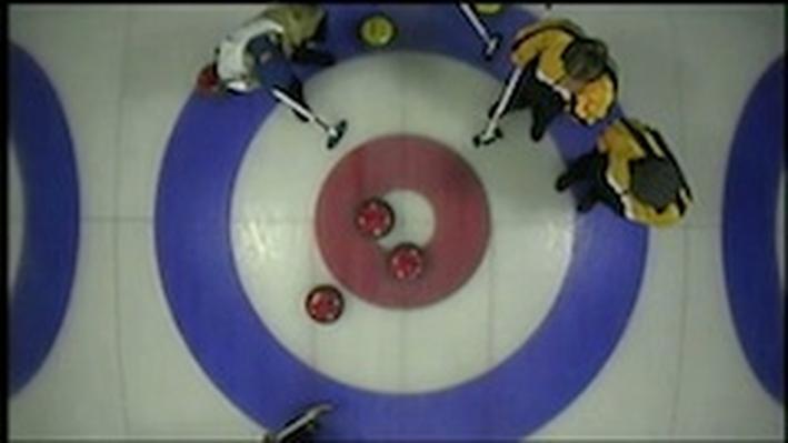 DragonflyTV | Curling