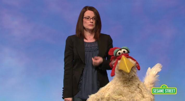 Megan Mullally: Distract | Sesame Street