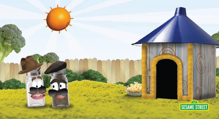 Salty and Pierre: Backyard Doghouse | Sesame Street